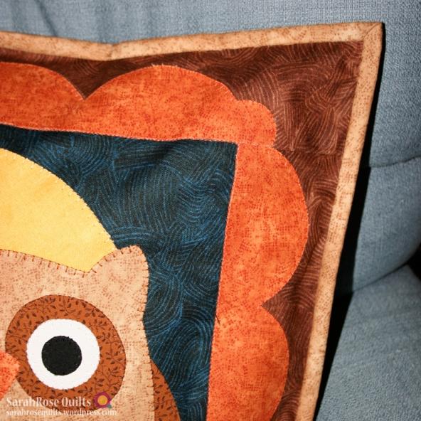 how to close a throw pillow